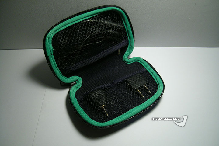 Razer Moray耳机收纳包