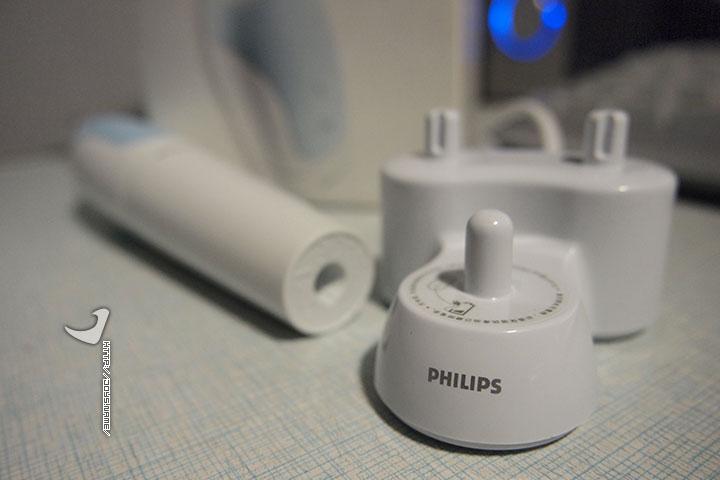 Philips HX1610电动牙刷