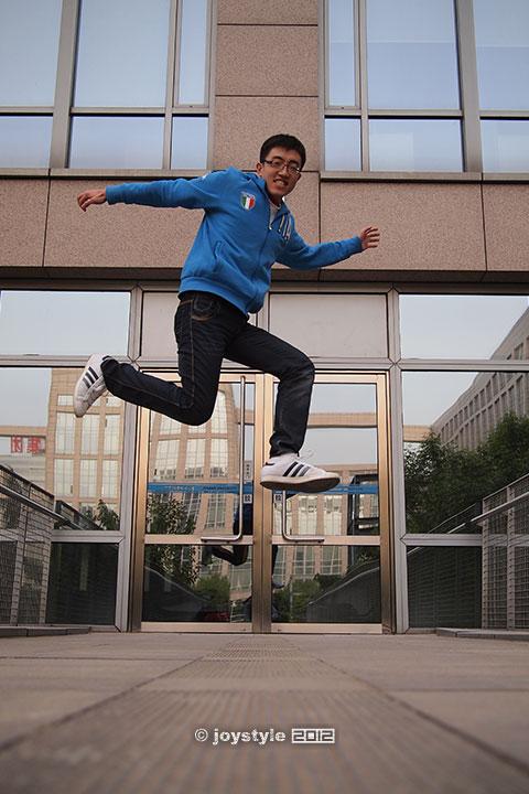 翻滚吧!J同学