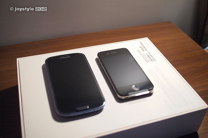Samsung Galaxy S III & iPhone 4S