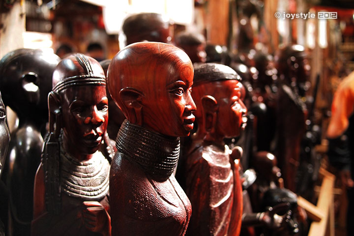 再走肯尼亚——天生的艺术家