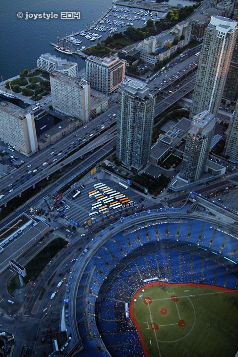 2014年9月26日摄于多伦多CN塔