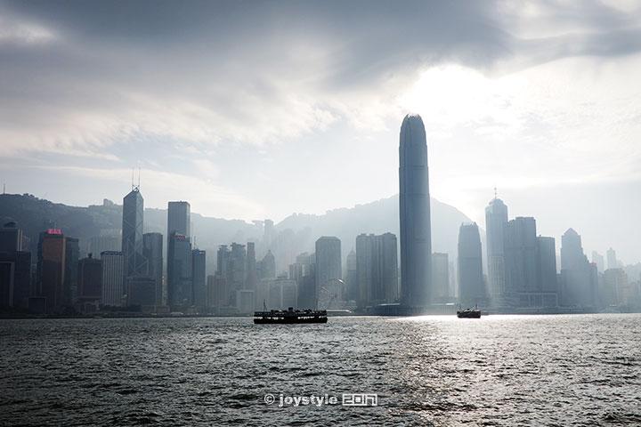 2016年11月19日摄于香港维多利亚港